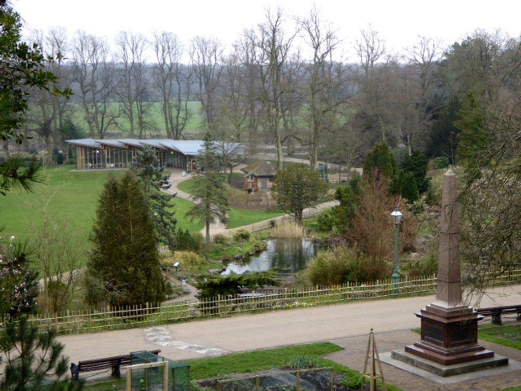 Avenham Park by chris17