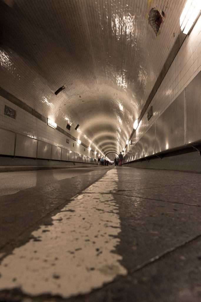 Alter Elbtunnel by leonbuys83