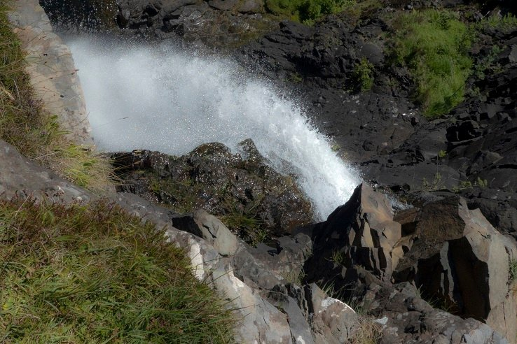 Falling at Eas Fors by helenhall