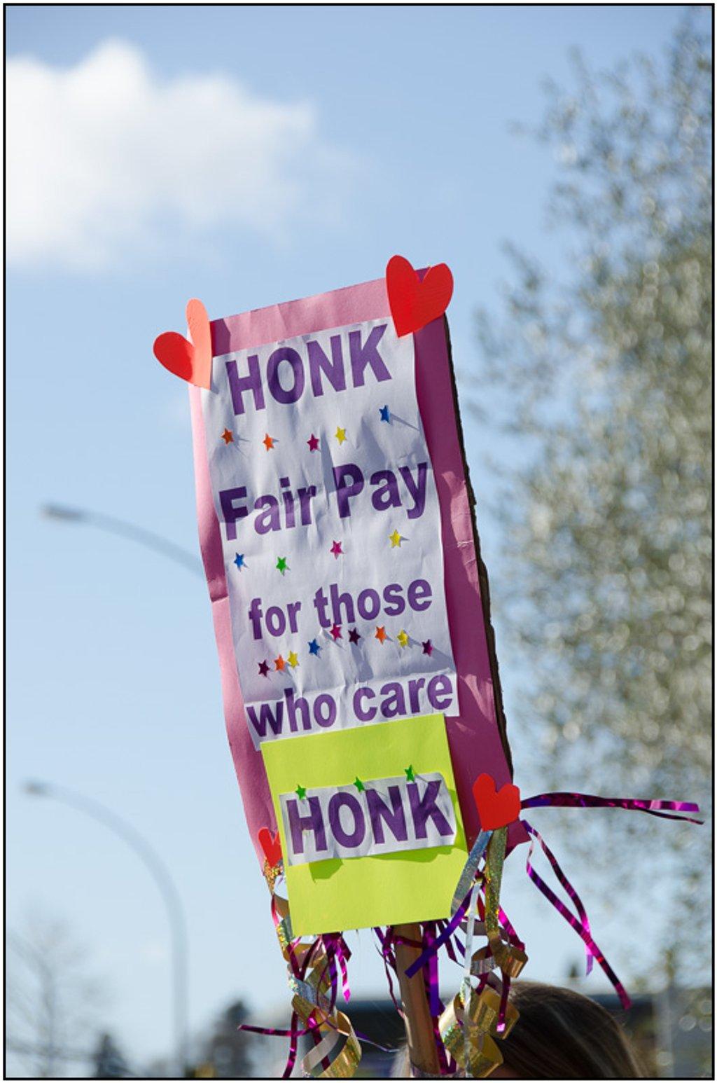 Honk by chikadnz