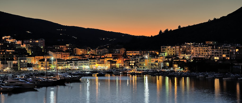 Porto Ercole at night by spectrum