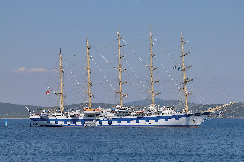 Royal Clipper by spectrum