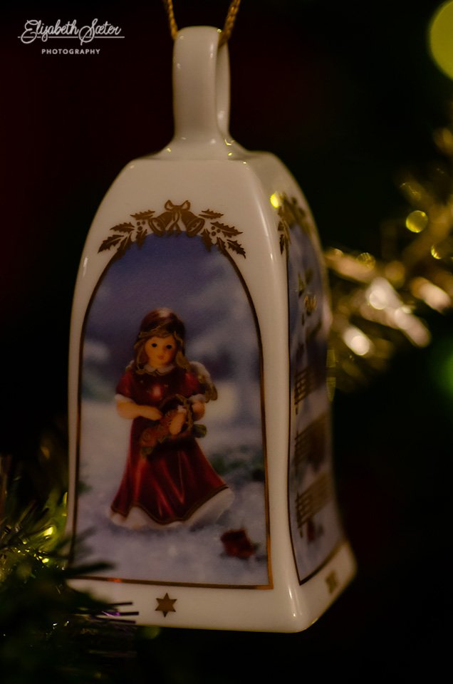 Christmas tree ornament 2 by elisasaeter