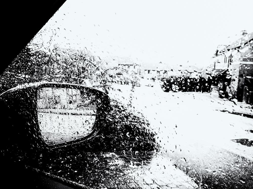 Still raining by pamknowler