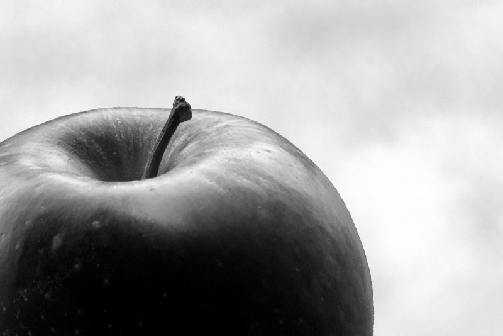 An apple a day (II) by helenhall