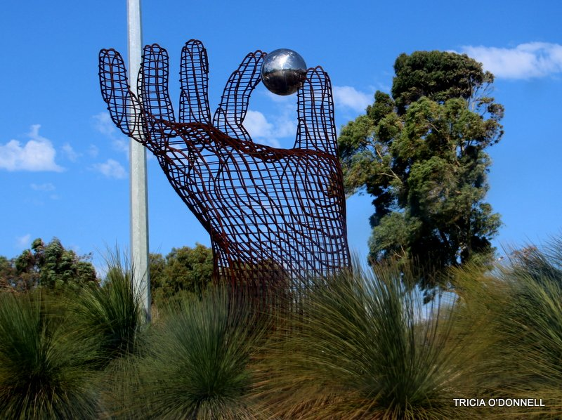 sculpture  by triciaodonnell