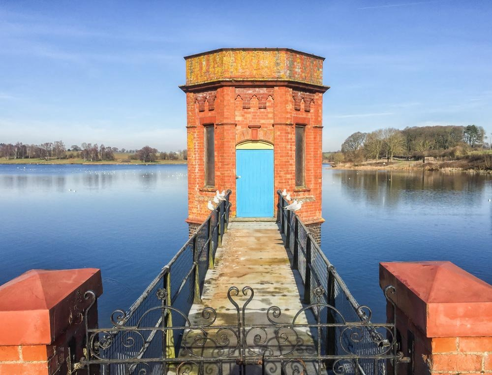The pump house by pamknowler