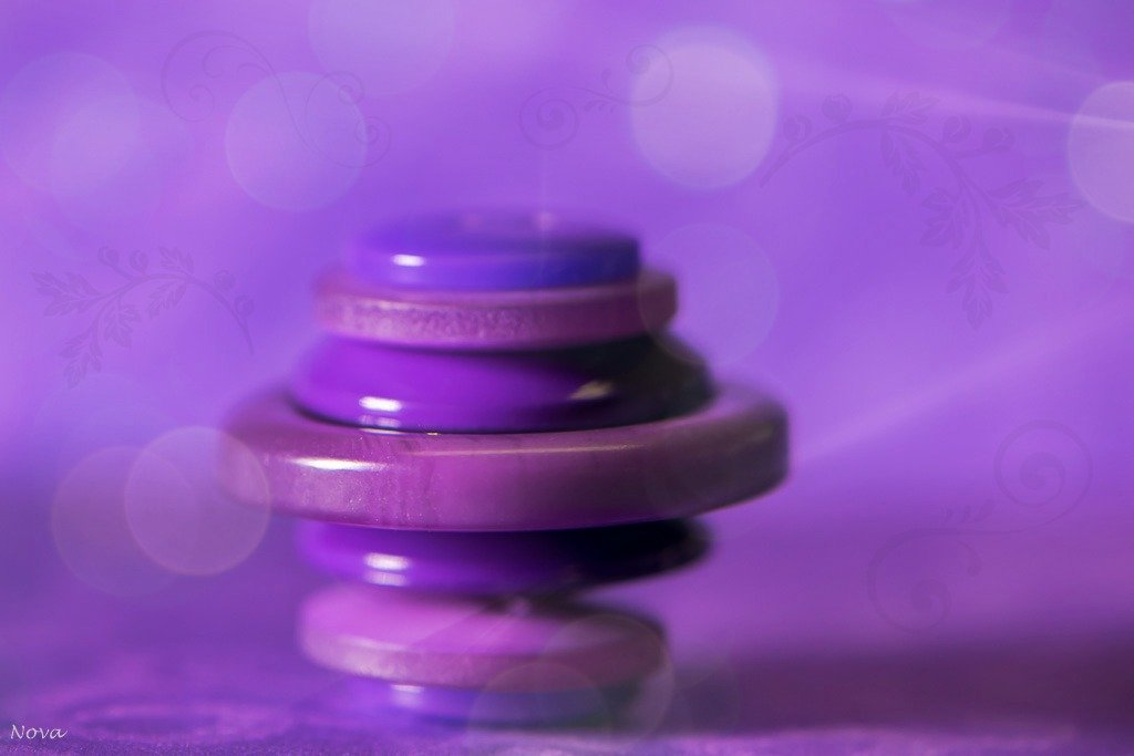 Purple button - day 23 by novab