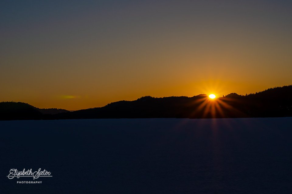 First sunset on Svorksjøen in 2019 by elisasaeter