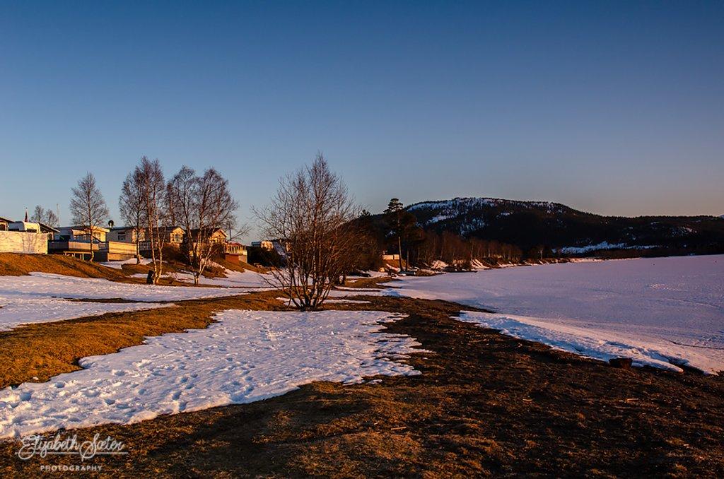 Evening at Svorksjøen by elisasaeter