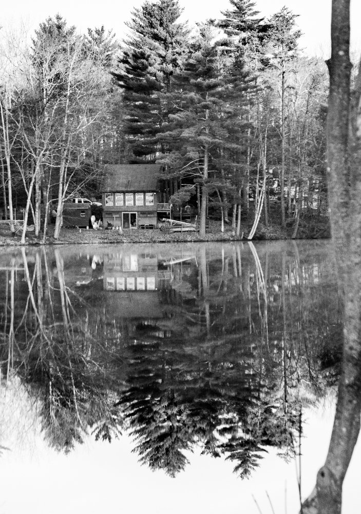 Black and White reflections by joansmor