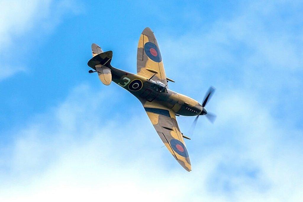 Spitfire MK356 by rjb71