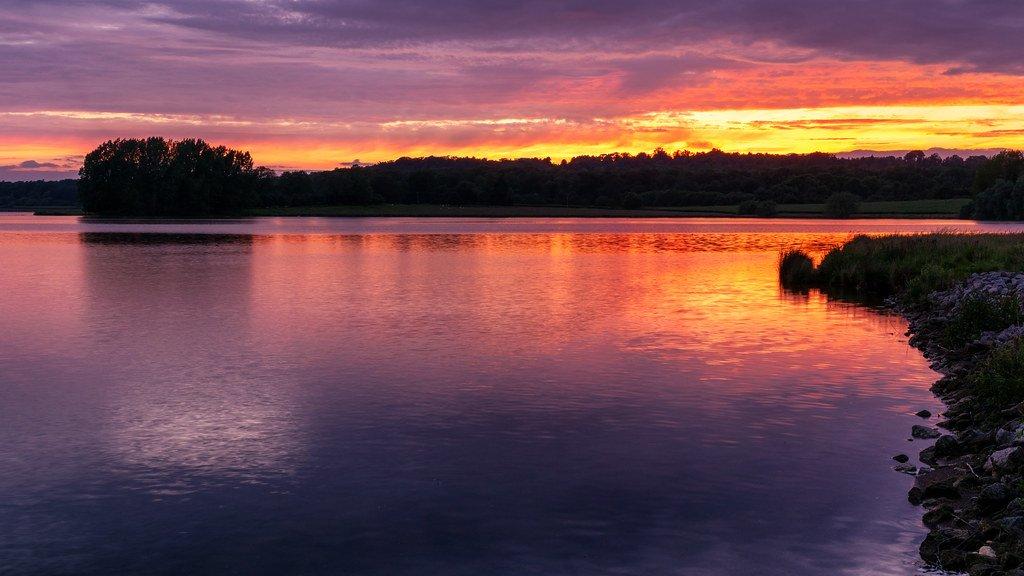Sunset  by rjb71