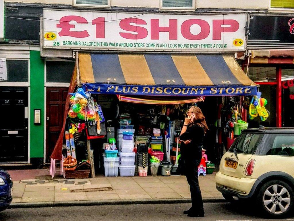 £1 Shop by boxplayer
