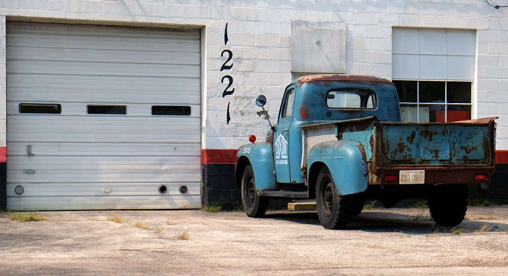 1221, Blue Truck by lsquared