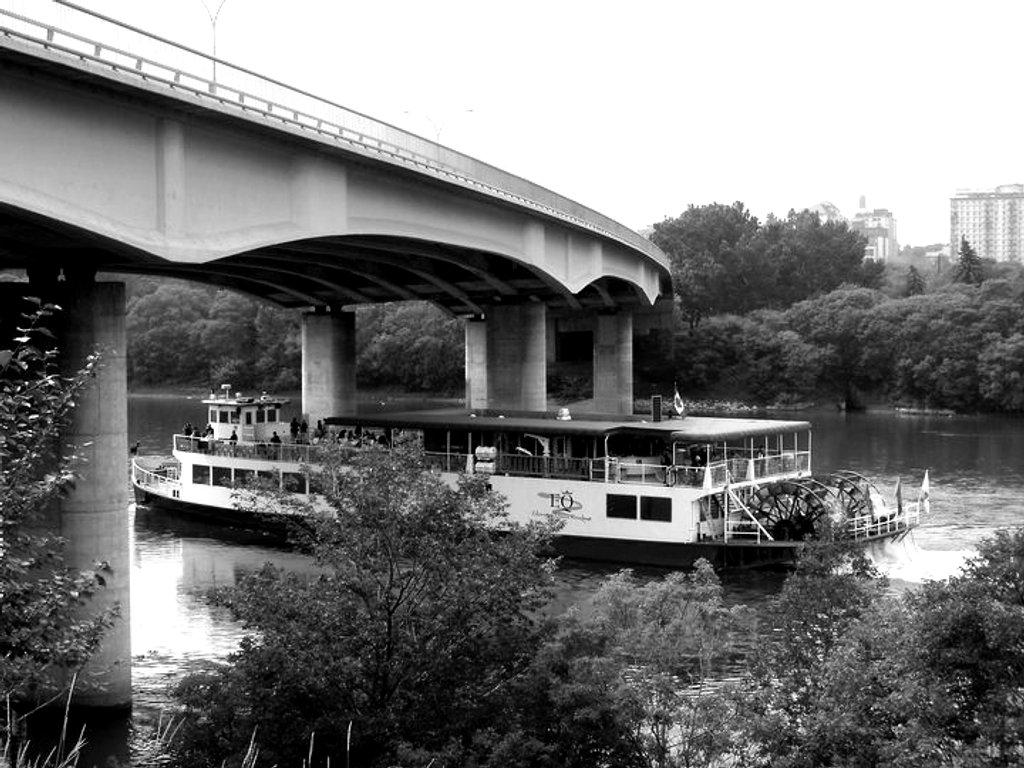 Rollin, Rollin, Rollin On The River by bkbinthecity