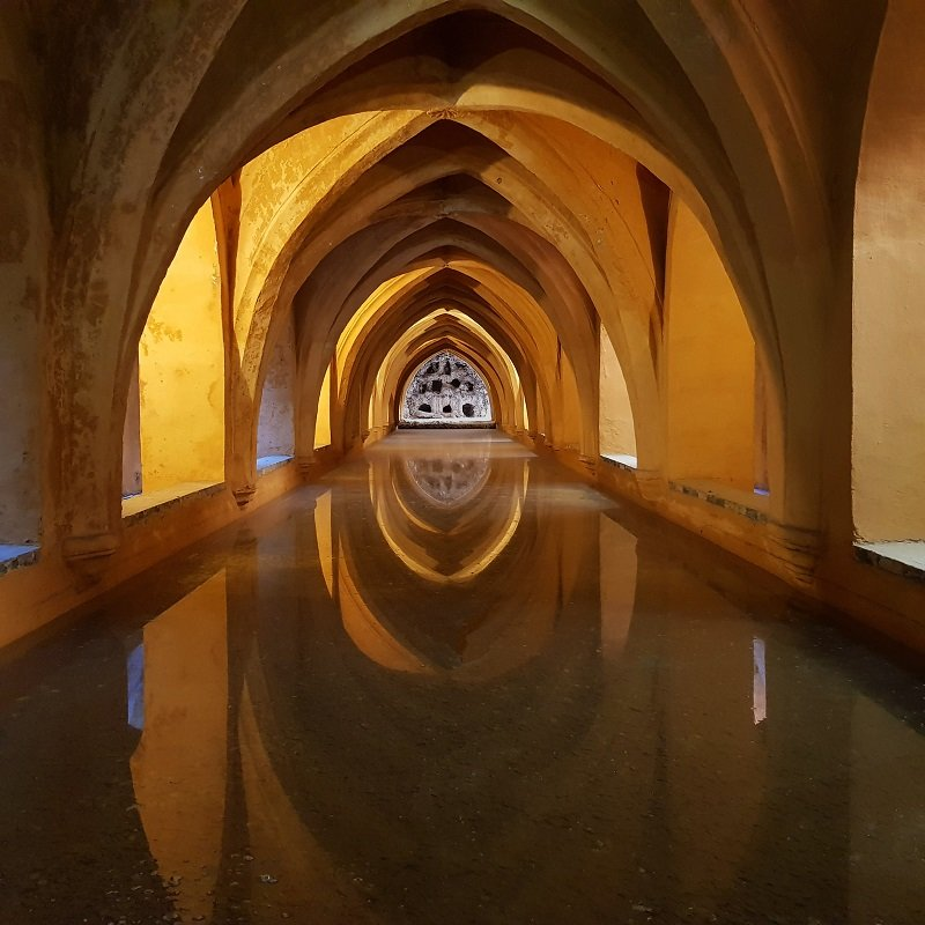 Real Alcazar, Underground Pool by helenhall