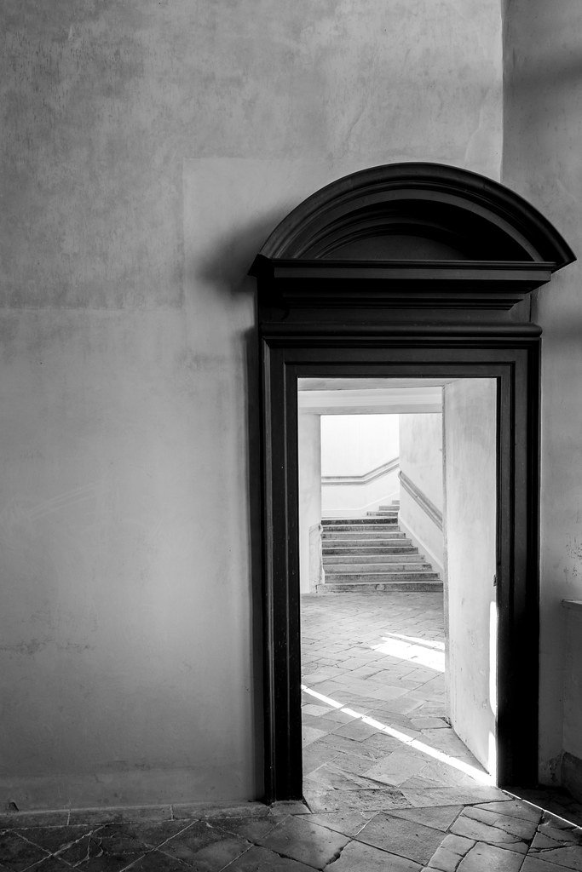 Doorway by rjb71
