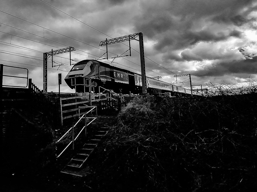 Moody Train by rjb71