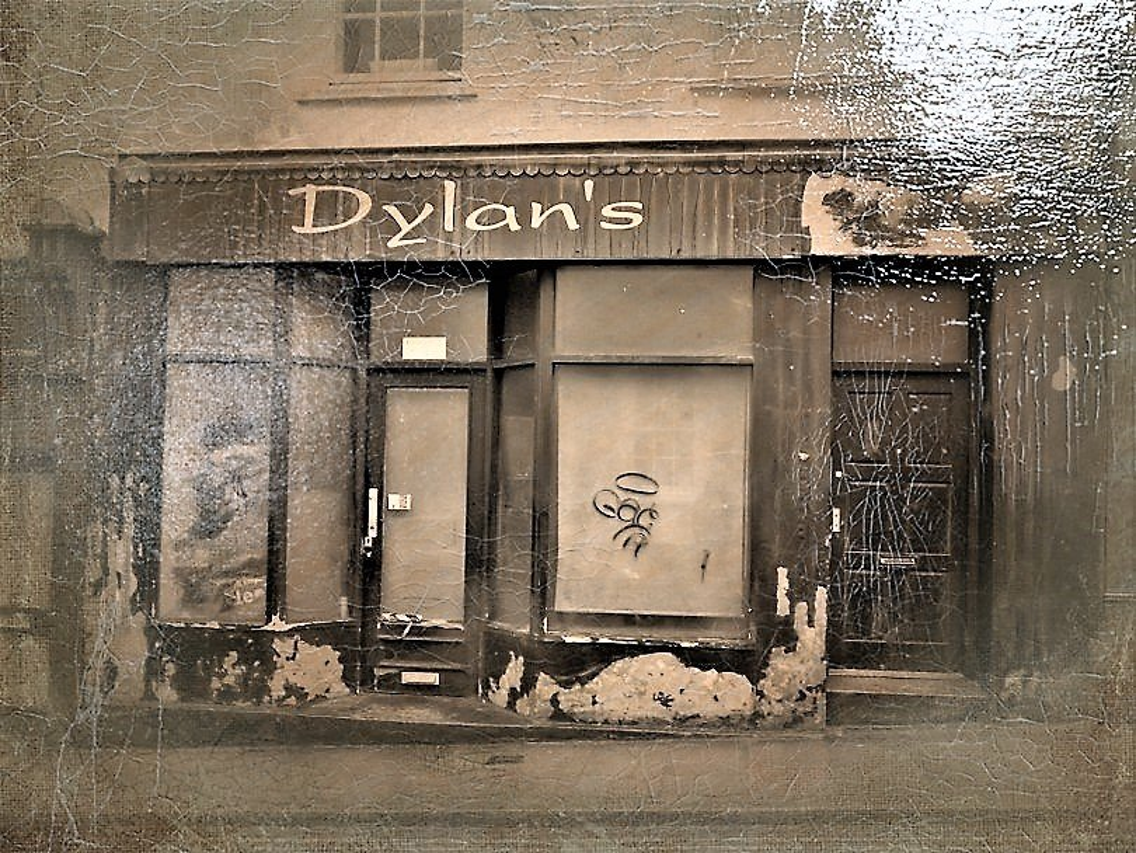 Dylan's by ajisaac