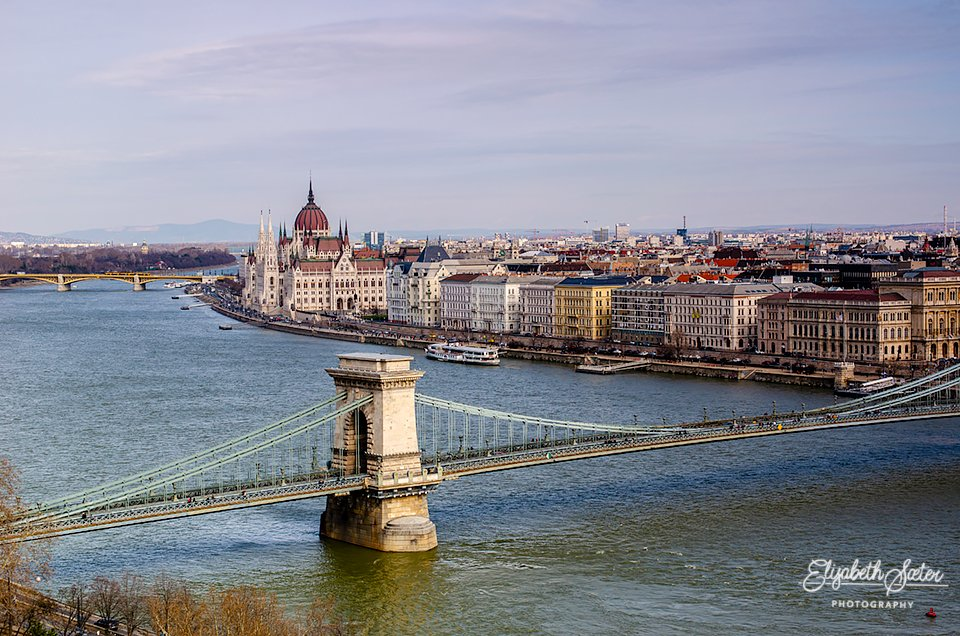 Budapest by elisasaeter
