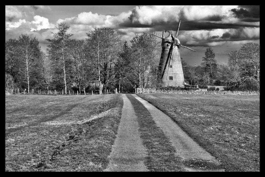 Windmill Farm by rjb71
