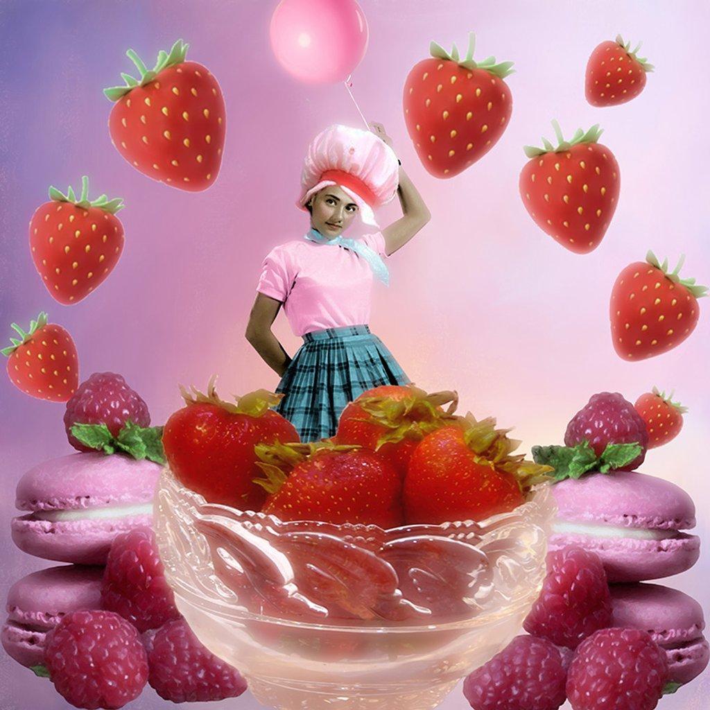 Berry Girl  by joysfocus