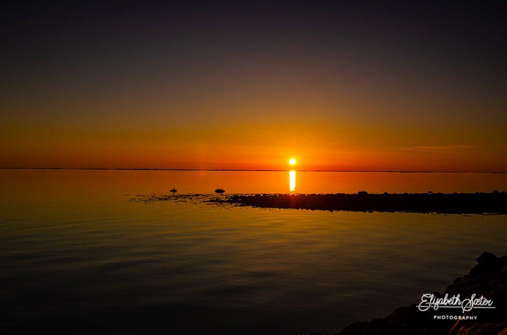 Sunset at Uthaug. by elisasaeter