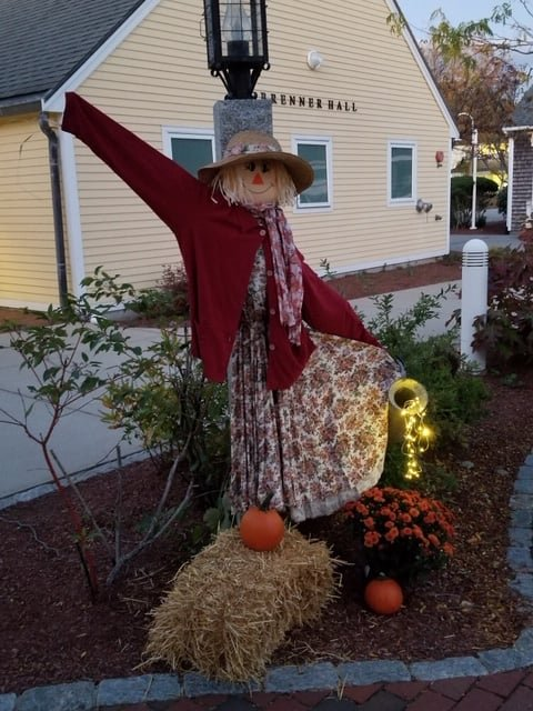 SCARECROW CONTEST 10 22 19 by lizzybean