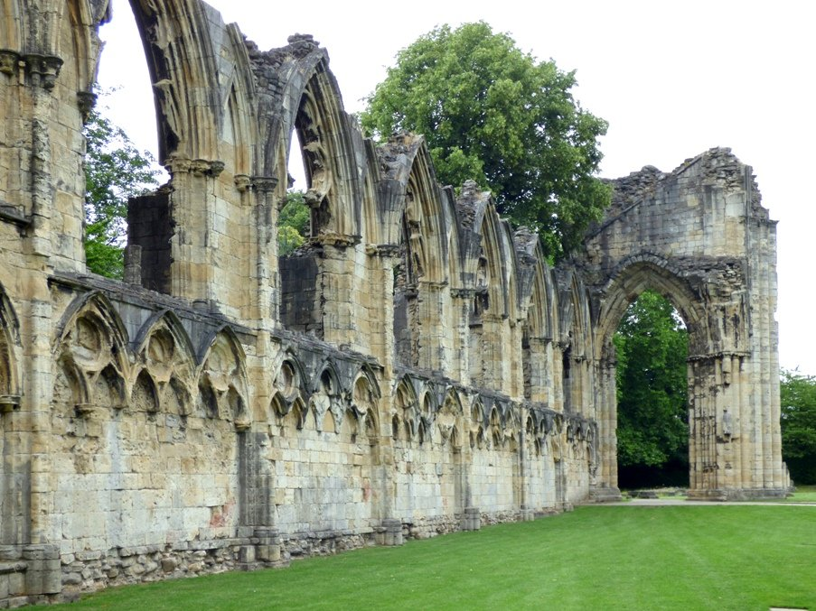 St Mary's Abbey, York by fishers