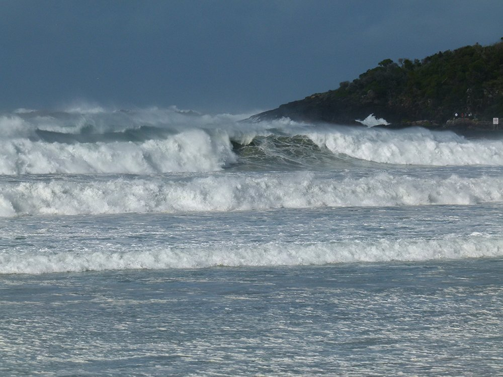 Hazardous Surf Conditions   by onewing
