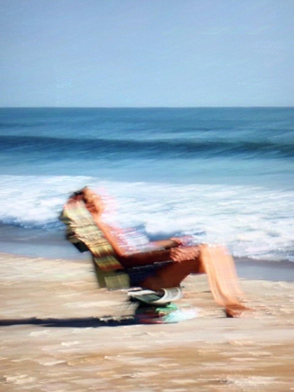 Sitting pretty by joemuli