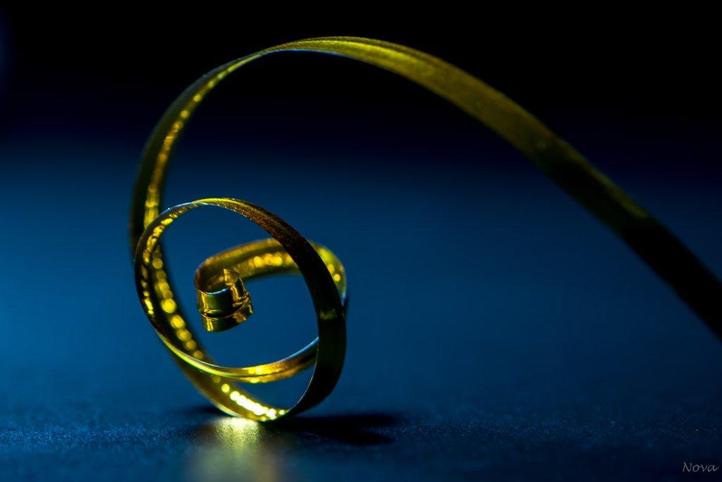 Wire ribbon by novab