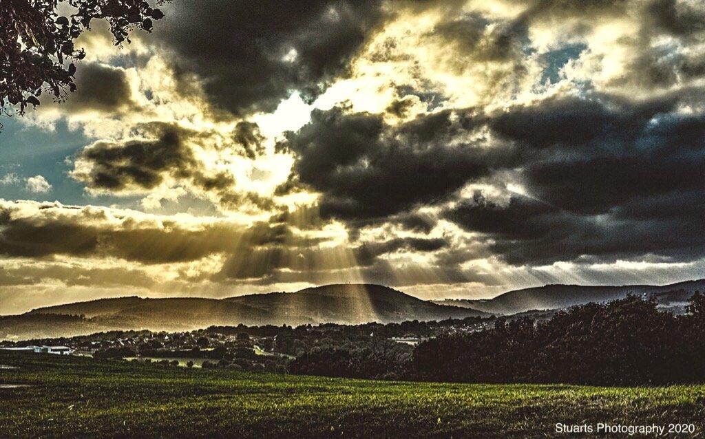 Rays of sunshine by stuart46