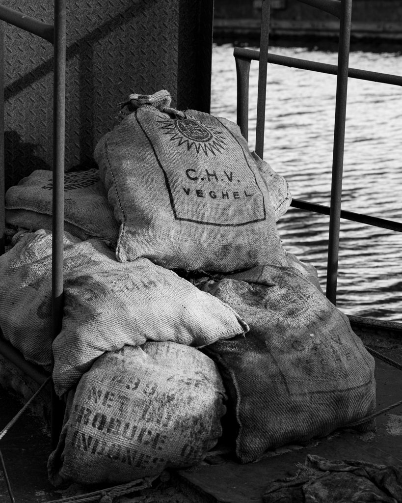 Feed bags by leonbuys83