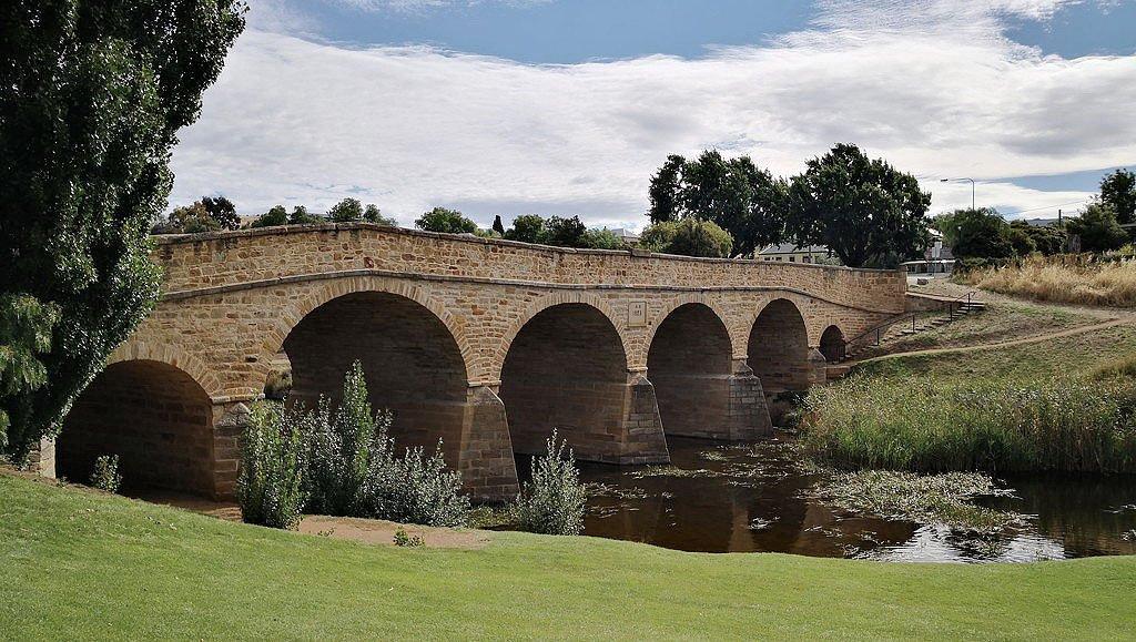 Richmond Bridge 1823, Richmond, Tasmania by kgolab