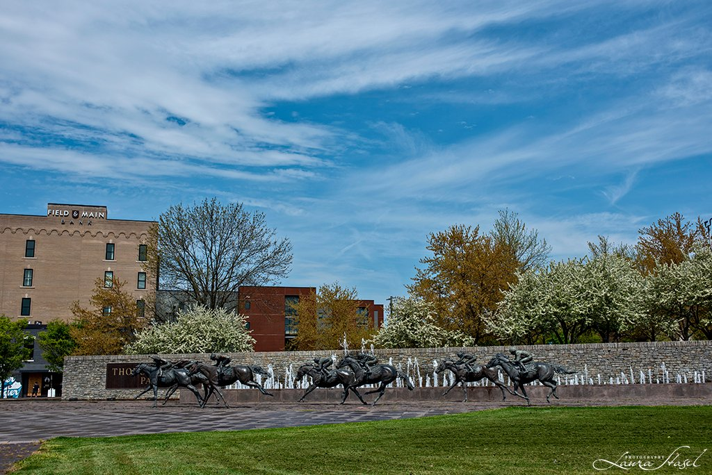 Thoroughbred Park by lstasel