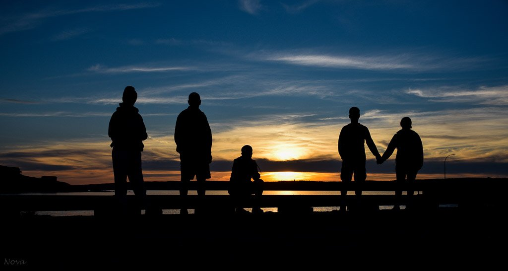 The setting sun by novab