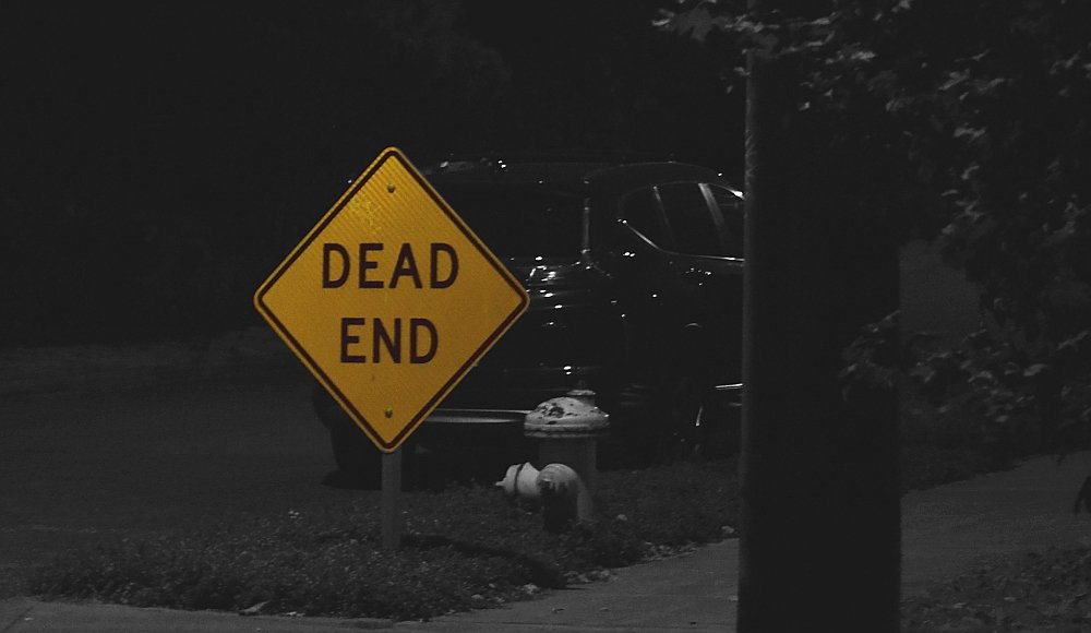 Dead End in the Night by stephomy