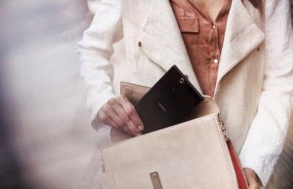 In deze Xperia Z Ultra video lijkt Sony's phablet nóg groter