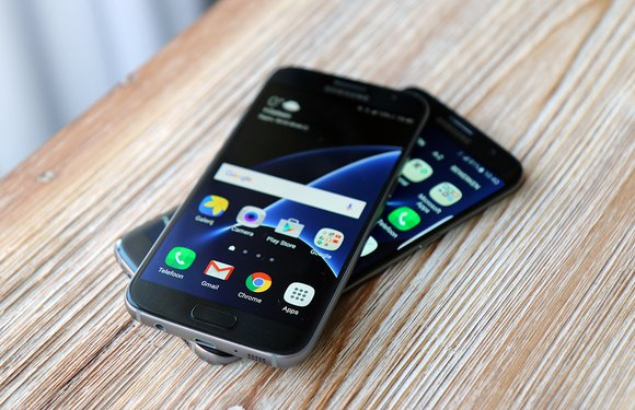 Samsung kijkt af: mogelijk glanzende Galaxy S7 in de maak