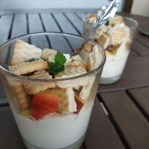 Kokosų ir anakardžių kremo desertas