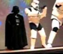 WTF - Le ridicule ne peut pas tuer Darth Vader