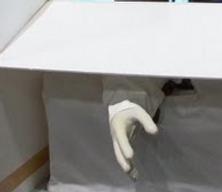 Un bras robot qui vous serre la main
