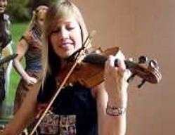 Lara, geekette violoniste