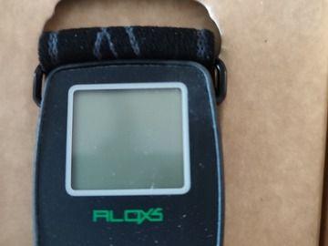Sell: For sale: Digital altimeter Parasport,  unused