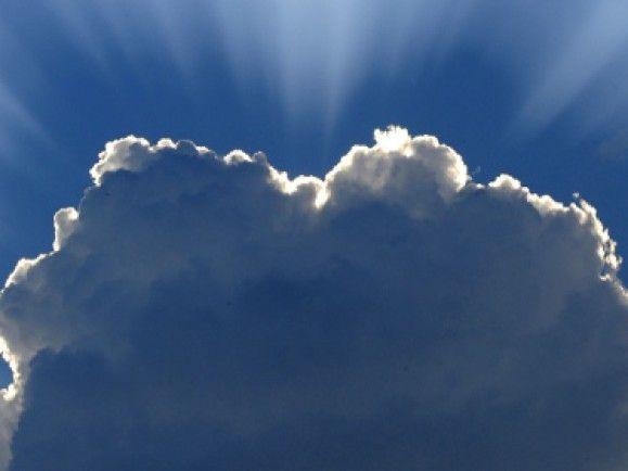 Wurde zum Sinnbild für die Speicherarten, bei denen die Daten nicht mehr auf dem eigenen Rechner liegen: die Wolke. / © Norbert Milauer (ddp)