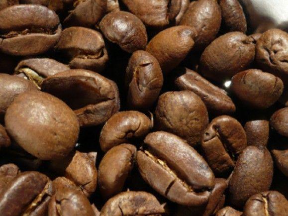 Für eine Tasse Kaffe werden 144 Liter Wasser bewegt. / Foto: © Sigrid Roßmann Link zu pixelio.de