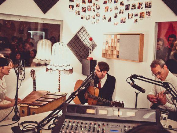 Nora Tschirner, Erik Lautenschläger und Tom Krimi alias Prag beim detektor.fm-Studiokonzert, Fotos: Susann Jehnichen