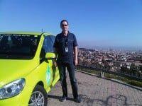 ist der Gesamt-Projektleiter des F-CELL World Drive bei Daimler.